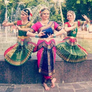 Bharatanatyam Costume - Single Fan