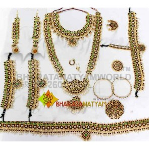 Temple Jewelery Set - Mango Design