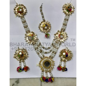 Bharatanatyam Flower Jewellery Set